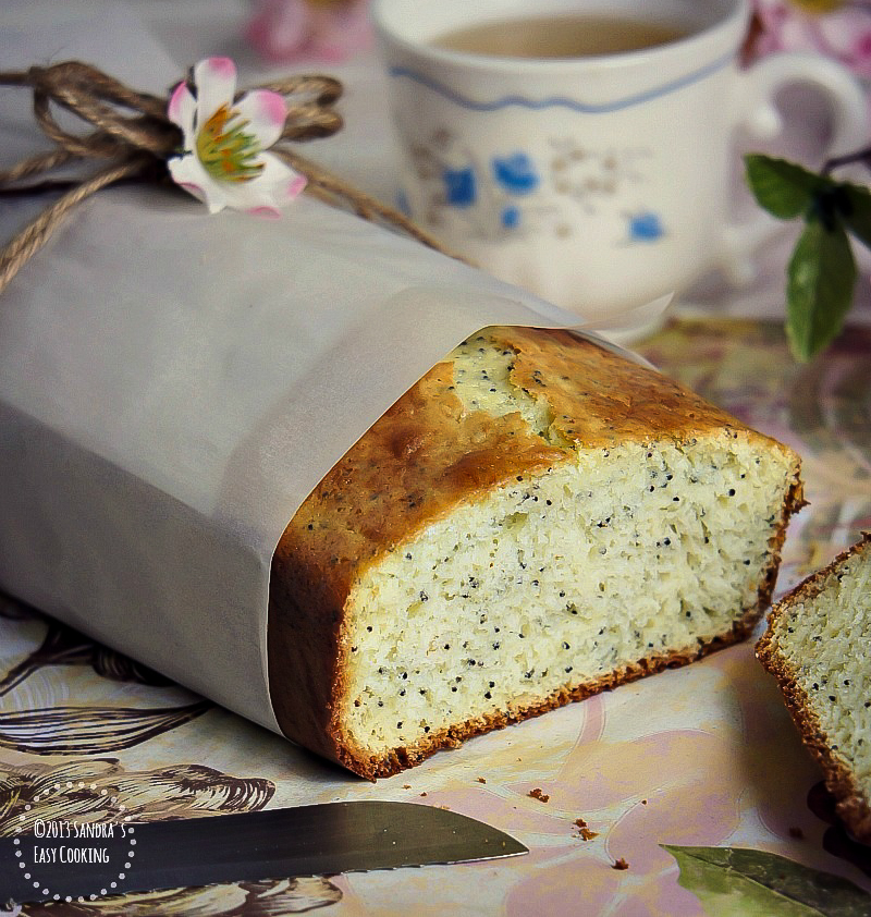 Delicious recipe for Lemon Poppy Seeds Bread