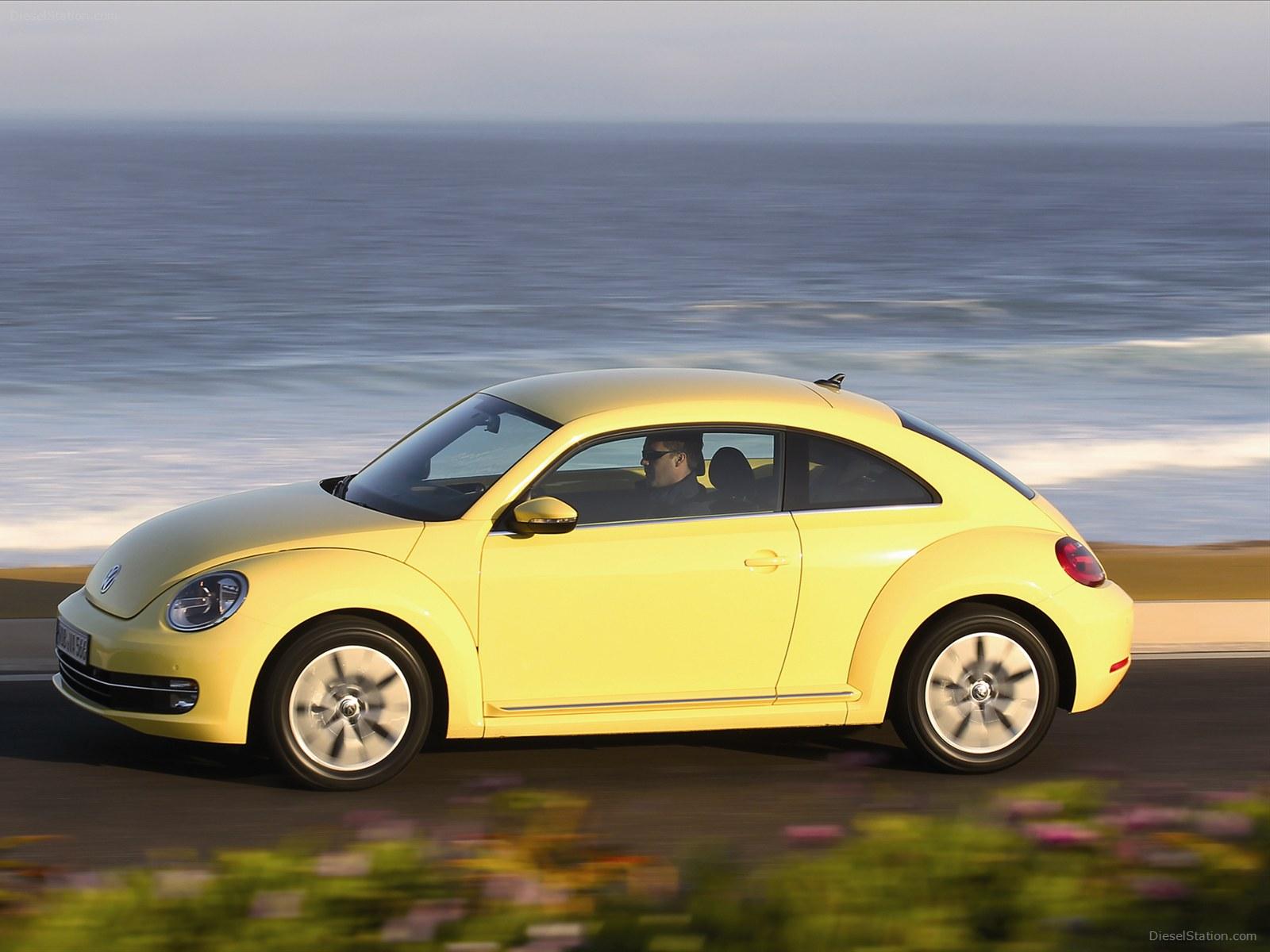 Cars Wallpapers12: Volkswagen Beetle 2012 Wallpaper