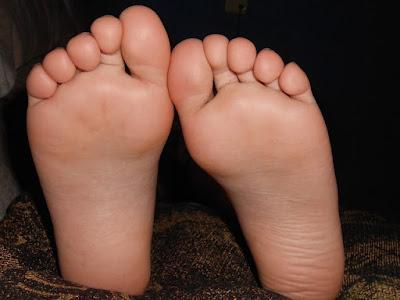 Cara ampuh hilangkan bau kaki