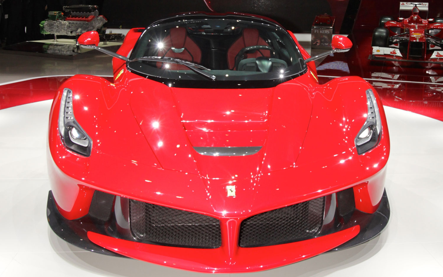 Ferrari laferrari first look new cars reviews for 1 20 hp electric motor