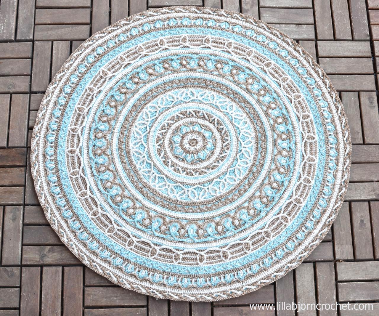 Joana's Mandala and Border - overlay crochet pattern by Lilla Bjorn Crochet