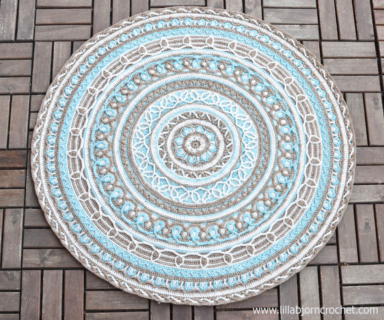 Joana S Border New Design In Overlay Crochet