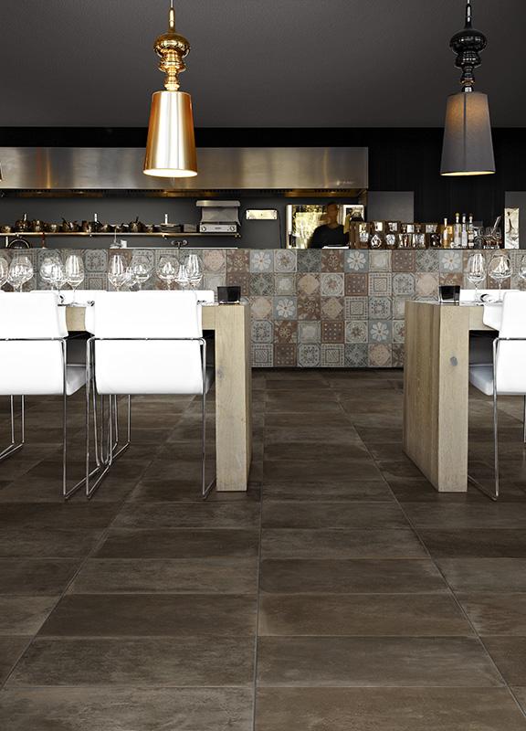 decomondo mosaico di piastrelle per il paraschizzi della. Black Bedroom Furniture Sets. Home Design Ideas