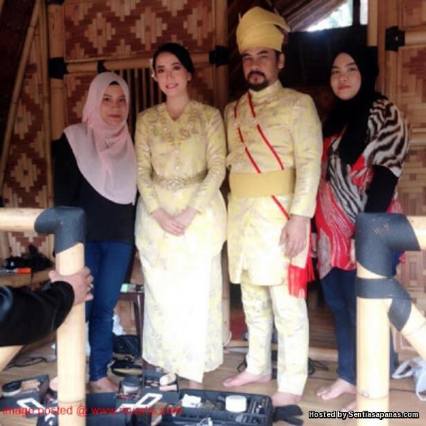 Gambar Majlis Resepsi Perkahwinan Awie Dan Sharifah Ladyana