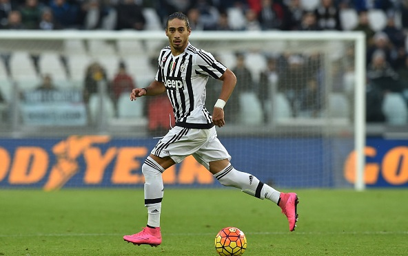 Chelsea eye Martin Caceres free move