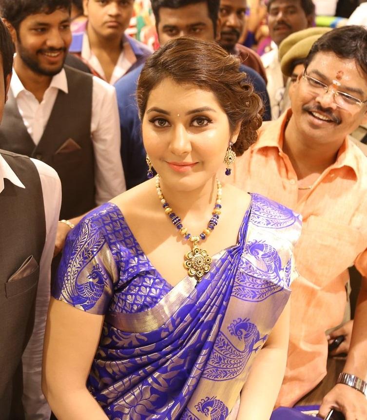 Rashi Khanna In Blue Saree