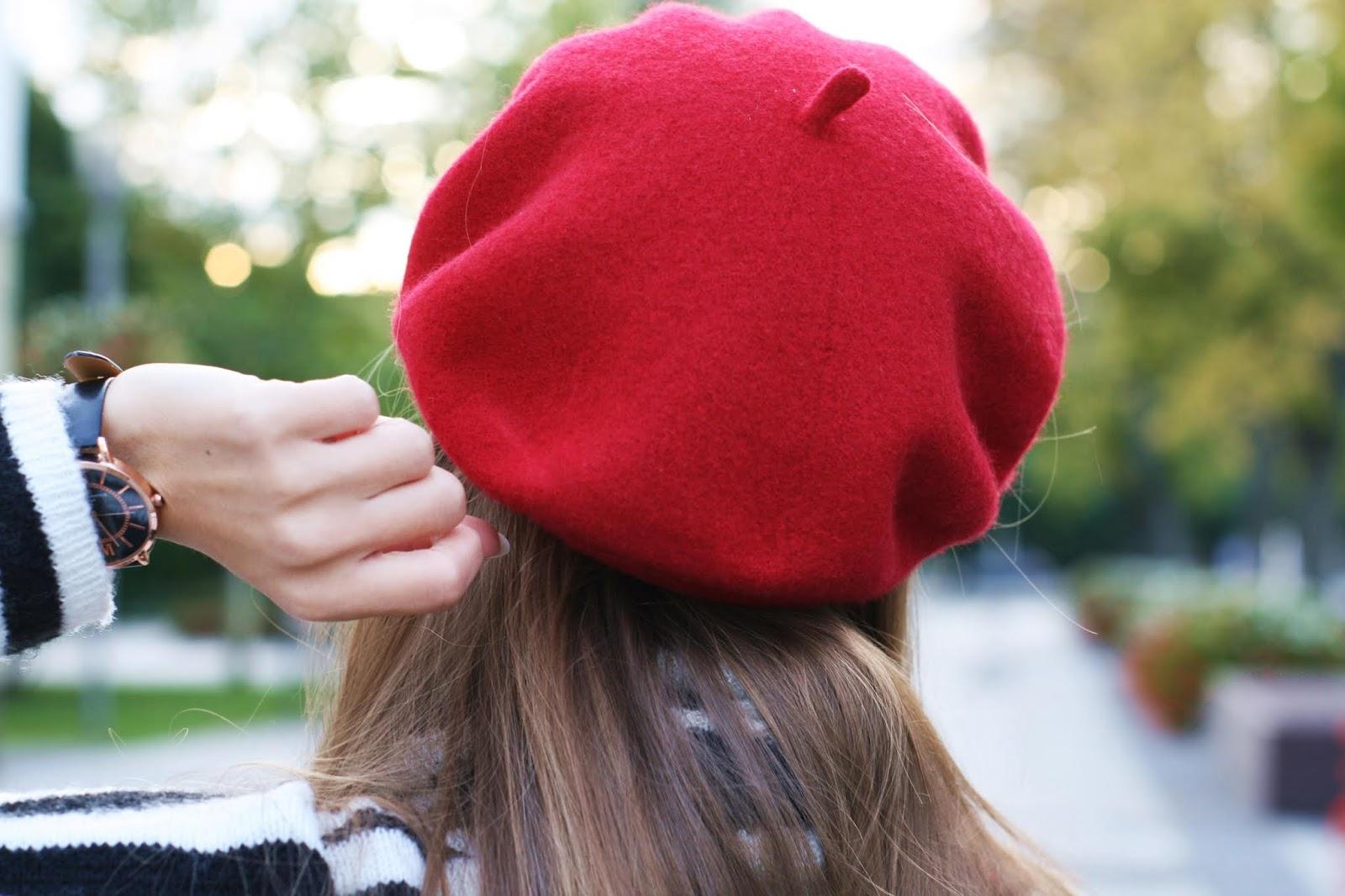 Red beret | Czerwony beret