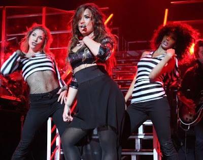 Foto de Demi Lovato en el escenario