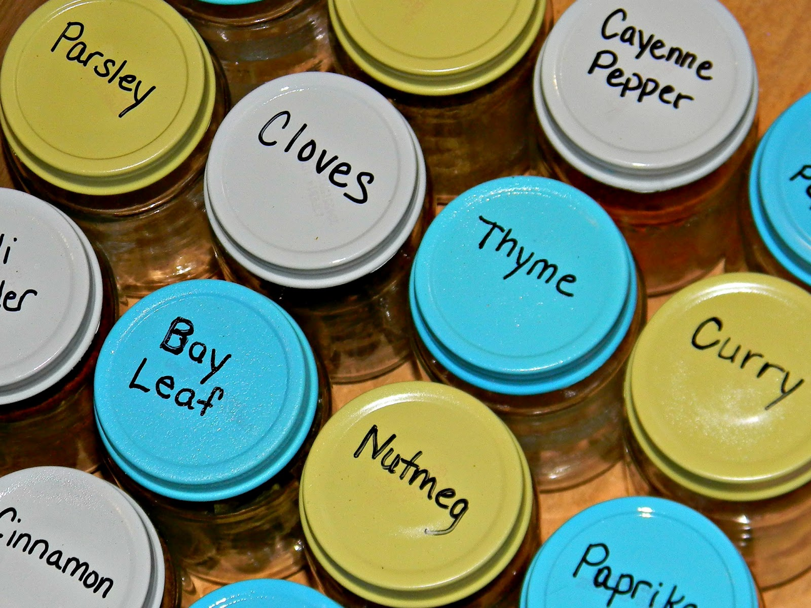 Hey Paul Studios: DIY Spice Jar Organizer