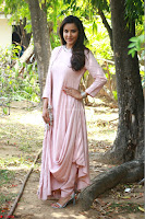 Priya Anand in simply Pink at an interview for movie KOOTATHIL ORUTHAN~  Exclusive celebrities galleries 010.jpg