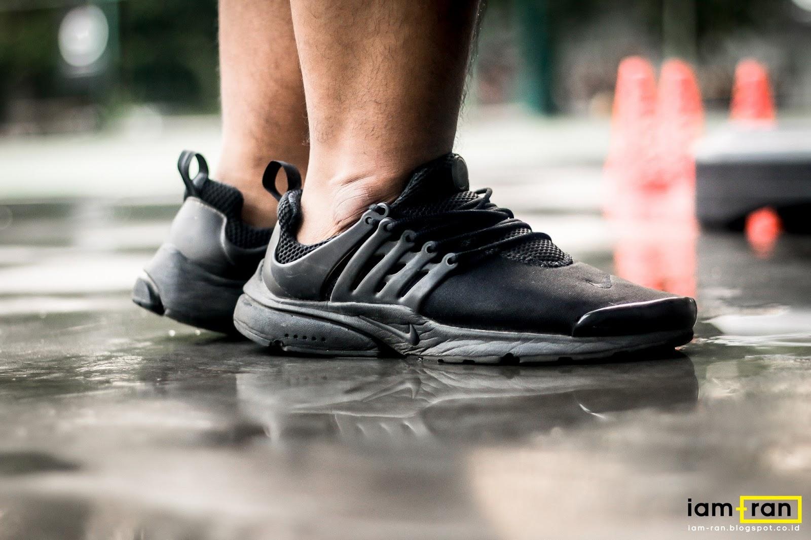 Más que nada En cantidad mentiroso  IAM-RAN: ON FEET : Tomi - Nike Air Presto Triple Black