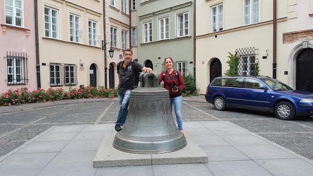 Campana de bronce varsovia
