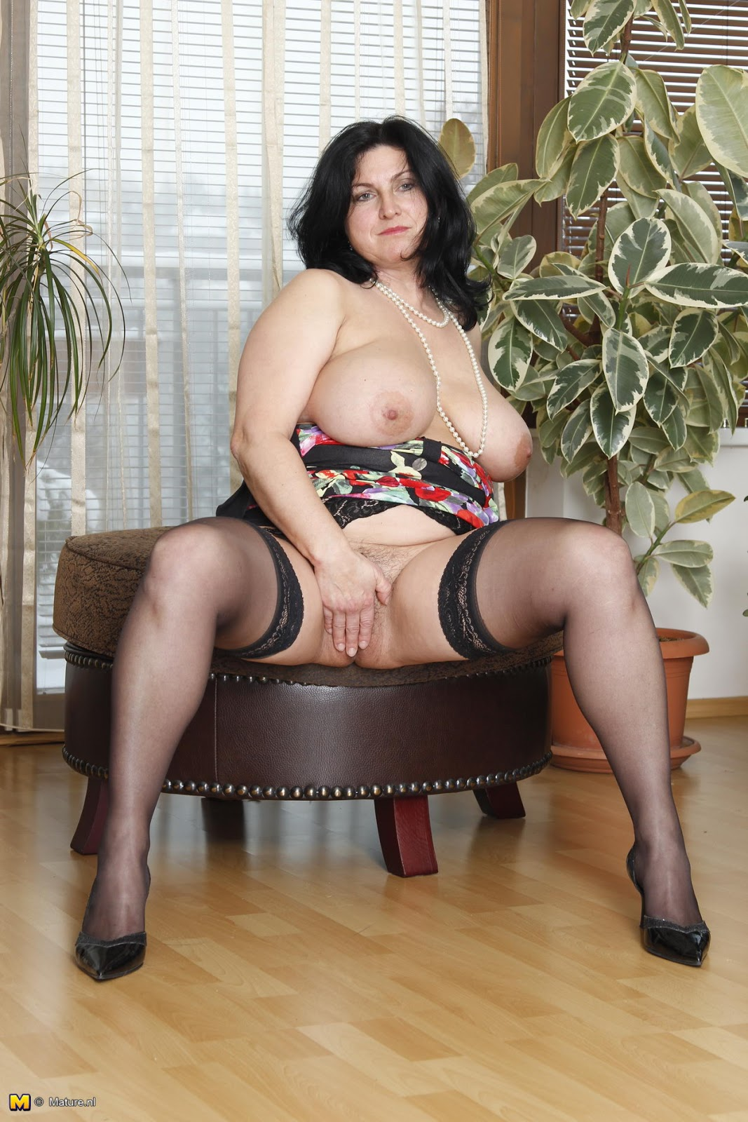 Nude nl mature Nude Mature