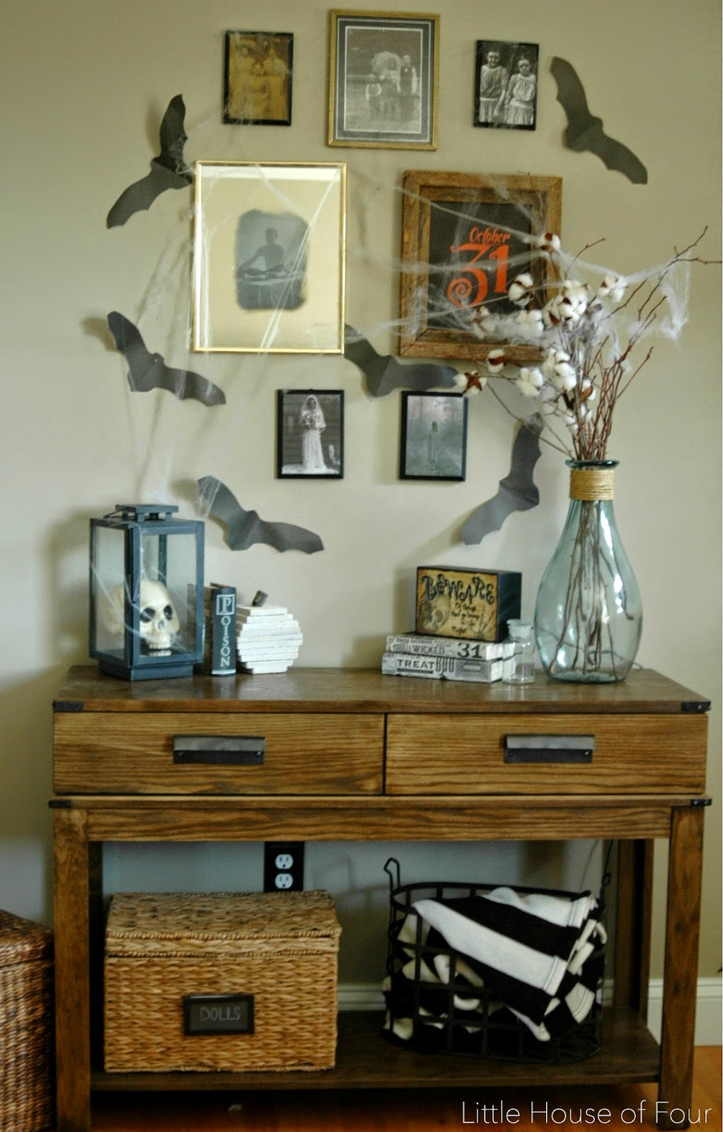 Spooky Gallery Wall from Little House of Four  | Halloween Favorites at www.andersonandgrant.com