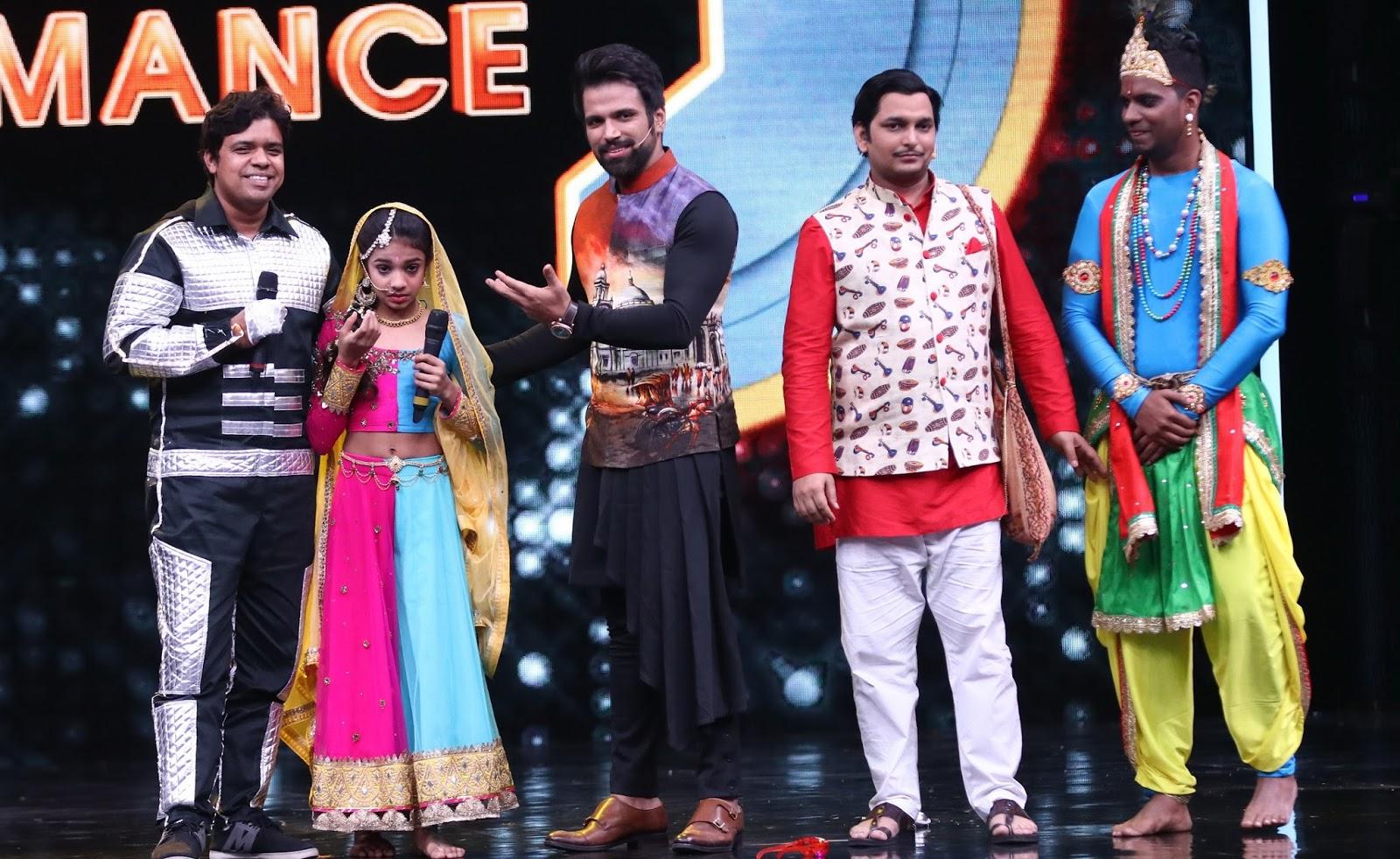 The Clicker: Robot surprises Muskan Sharma on Super Dancer