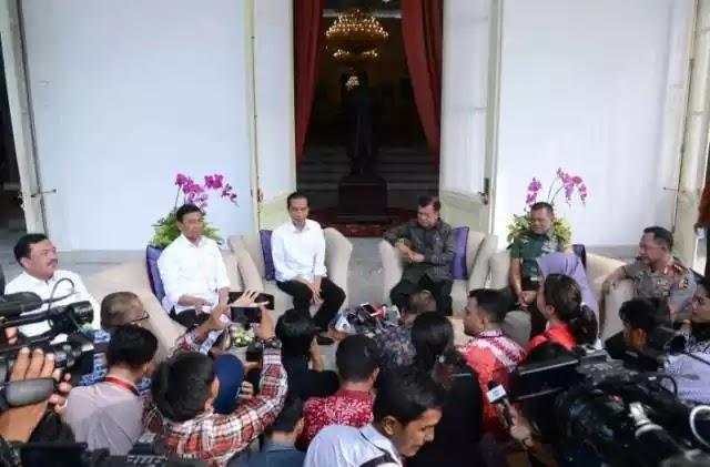 Presiden Jokowi menjelang pilkada DKI