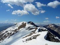 Гора Муштеппа, 2 день похода, хребет между ущельями Варзоб и Ромит, горы Таджикистана
