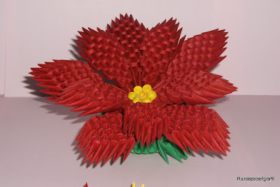 3D Origami flower made from 3d origami pieces
