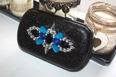 Clutch bolso joya invitada boda en negro y azul klein