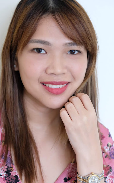 a photo of Flormar Silk Matte Lipstick in Undressed and Autumn Timber review by Nikki Tiu of www.askmewhats.com