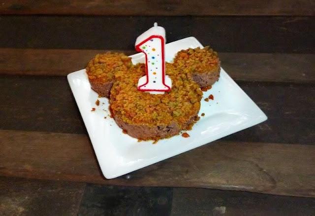 Dễ dàng làm bánh sinh nhật cho thú cưng
