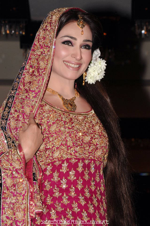 Women Fashion Trend Reema Khan Celebrity Pictures