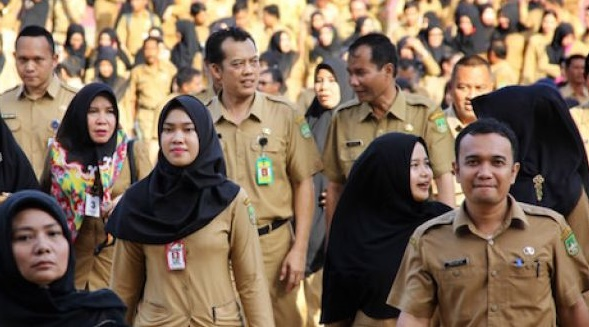 PERAN PNS, TNI, dan POLRI