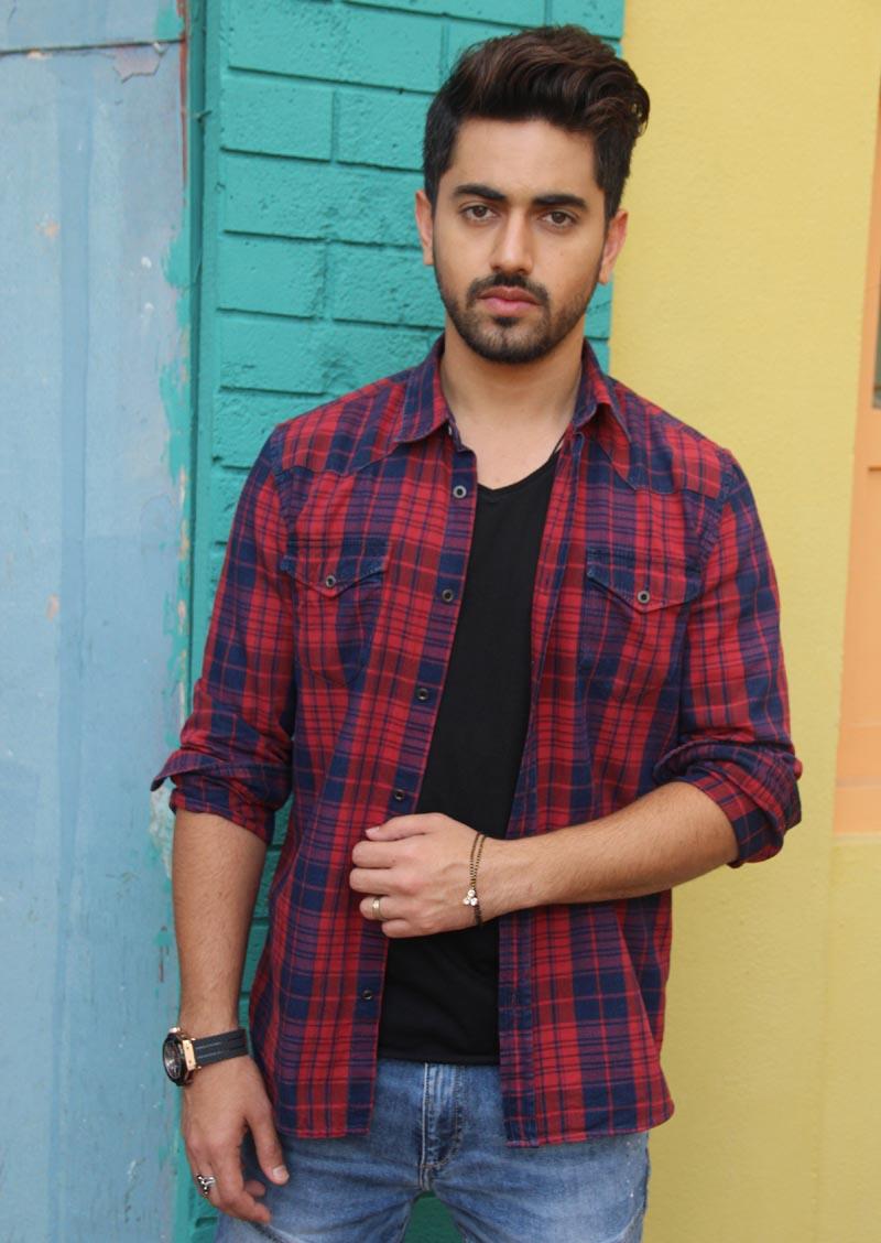 New look of Zain Imam as Neil in Naamkarann