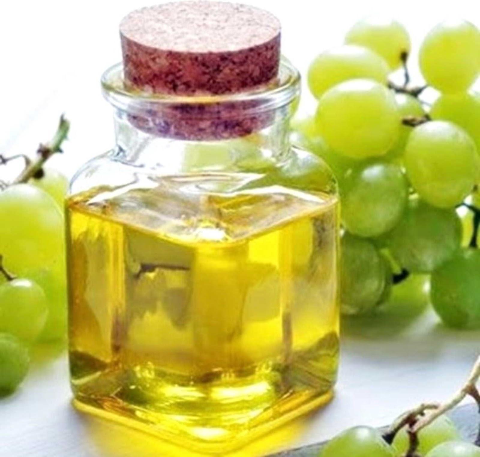 Cara Mengatasi dan Mencegah Rambut Rontok dengan Minyak Biji Anggur caramerawatrambutampuh.blogspot.com