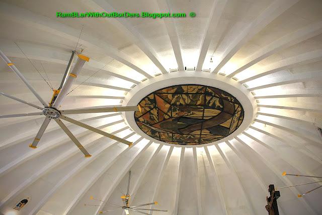 Ceiling, Greenbelt Chapel, Greenbelt shopping mall, Makati, Manila, the Philippines