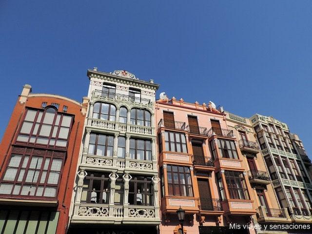 Plaza Sagasta, edificios modernistas, Zamora, Castilla y León