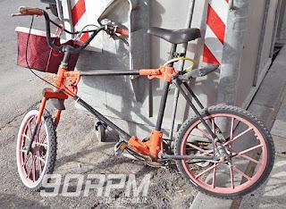 Bicicletta smontabile con giunzioni in plastica