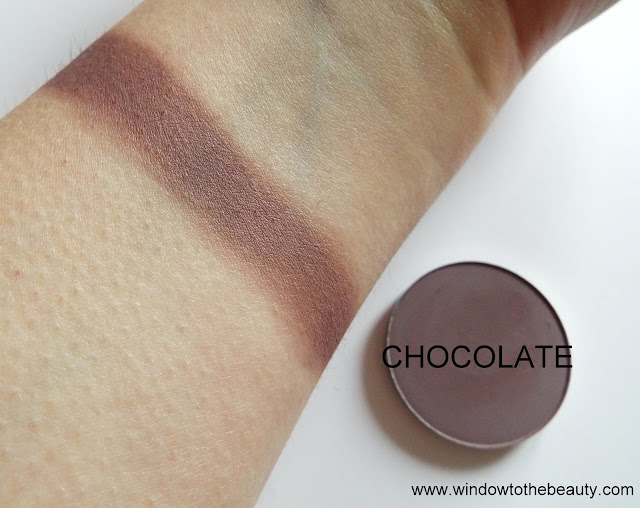 Melkior matte eyeshadow Chocolate swatches