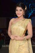 Yamini Bhaskar sizzling in saree-thumbnail-17