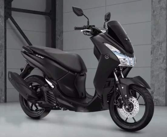 Warna Baru Yamaha Lexi 125VVA New Black Edition