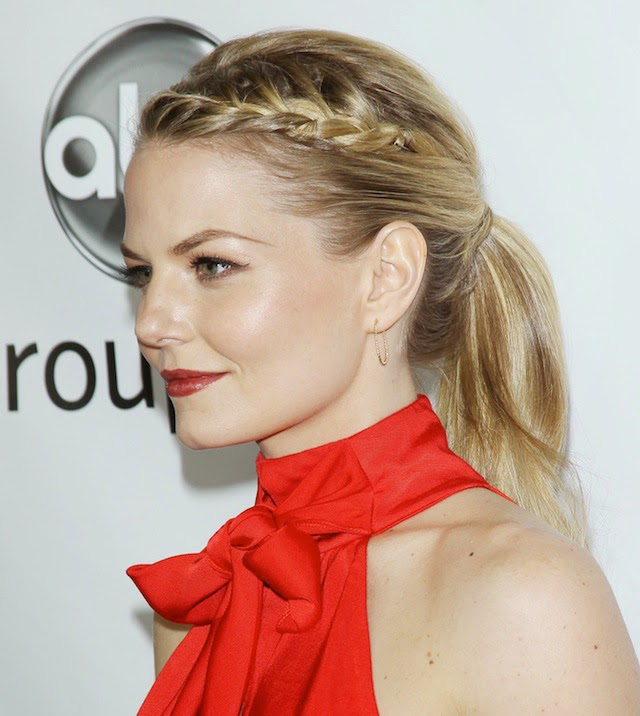 http://beautyhigh.com/how-to-french-braid-your-bangs/
