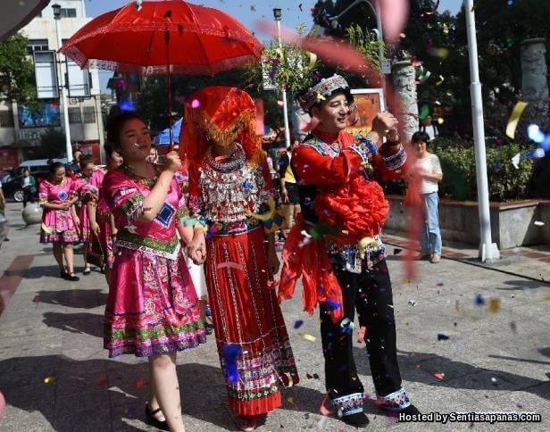 Miao-ethnic-wedding