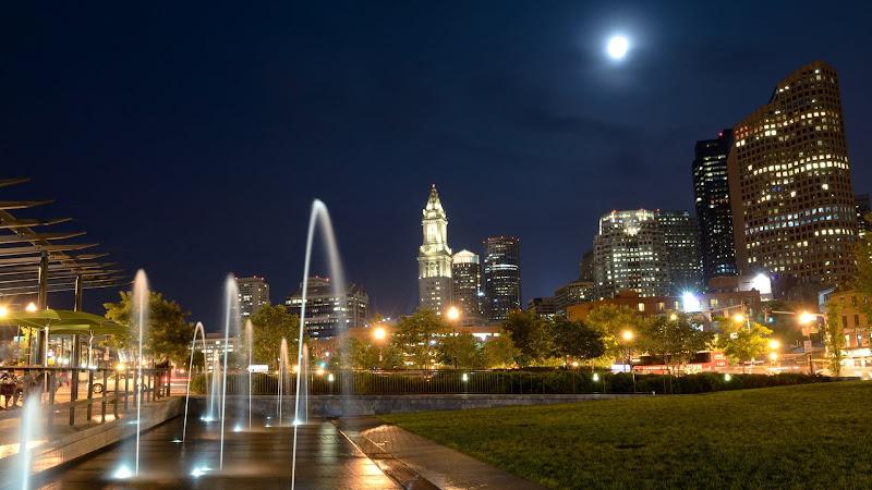 Boston Behind Fountains HD