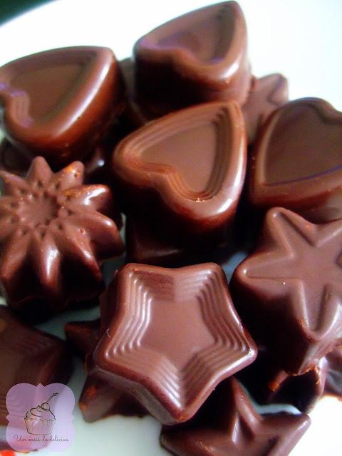 Chocolats fourrés au nutella et Chocolats à la noix de coco et à la cannelle