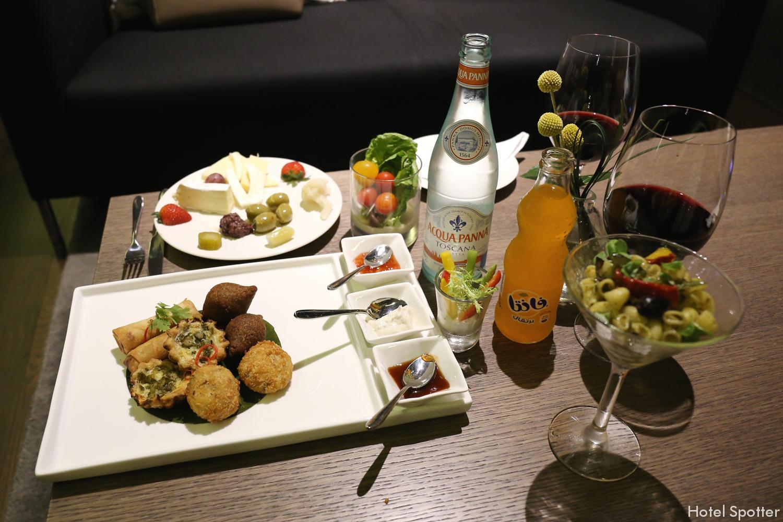 InterContinental Dubai Marina - recenzja hotelu - kolacja w club lounge