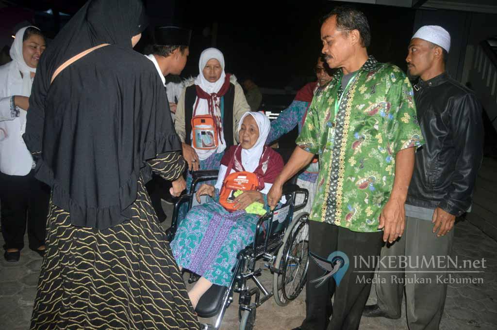 Jamaah Haji Asal Kebumen Kloter 56 Sampai Kebumen Malam ini