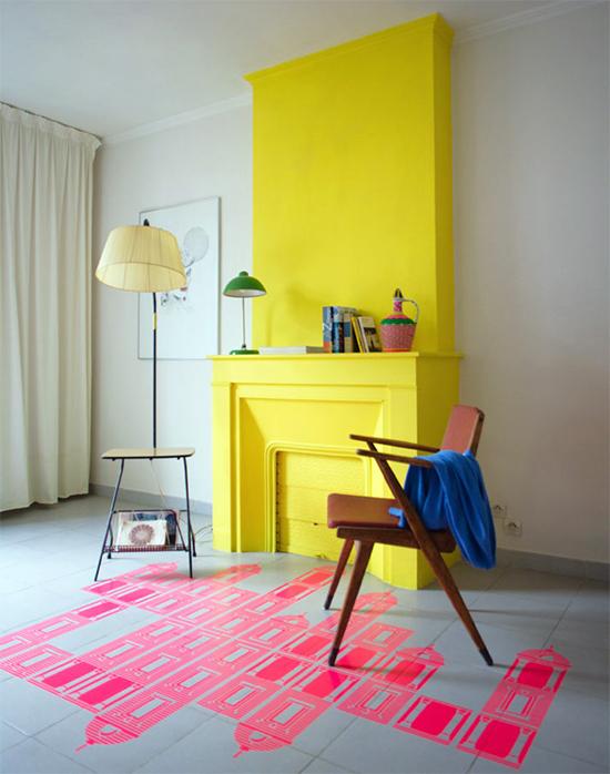 sala, parede amarela, yellow wall, decor, home decor, decoração, sala decorada, lareira na sala, parede amarela