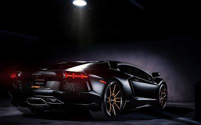 Lamborghini Vellano con luz encima