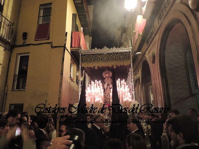 Imagenes de un Lunes Santo por Sevilla