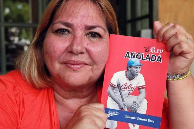 JULIANA VENERO Bon, autora del libro sobre el conocido pelotero Rey Vicente Anglada, fotografiada el jueves, 18 de agosto del 2016. Roberto Koltun rkoltun@elnuevoherald.com