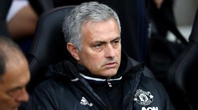 Mourinho Di Tuntut Raih Gelar Premier League