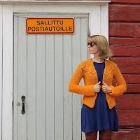 https://laukkumatka.blogspot.fi/2015/07/kesan-keltainen-neule-mustard-cardigan.html