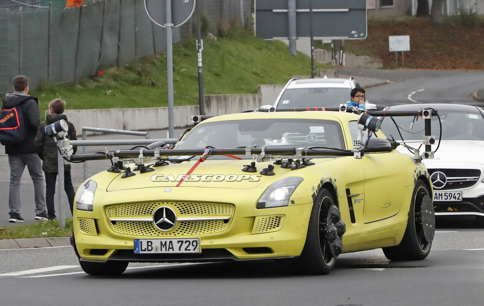 mercedes sls amg electric drive makes a surprising return is an amg gt ev in the works carscoops. Black Bedroom Furniture Sets. Home Design Ideas