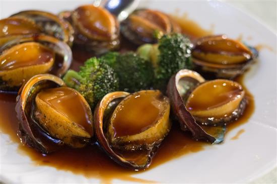 du lịch ẩm thực món bào ngư