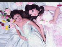 Ashanty dan Aurel Photoshoot Gaya Ngangkang, Netizen Gagal Paham Ada Pria Ini di Bawah Mereka